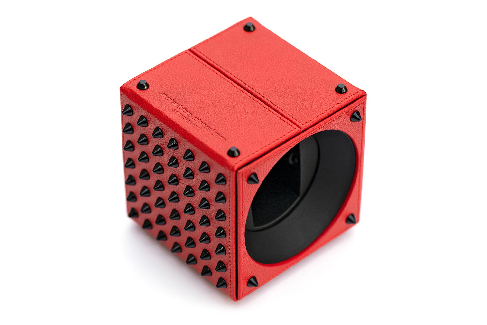 Adatte-Kubik-Red-black-logo